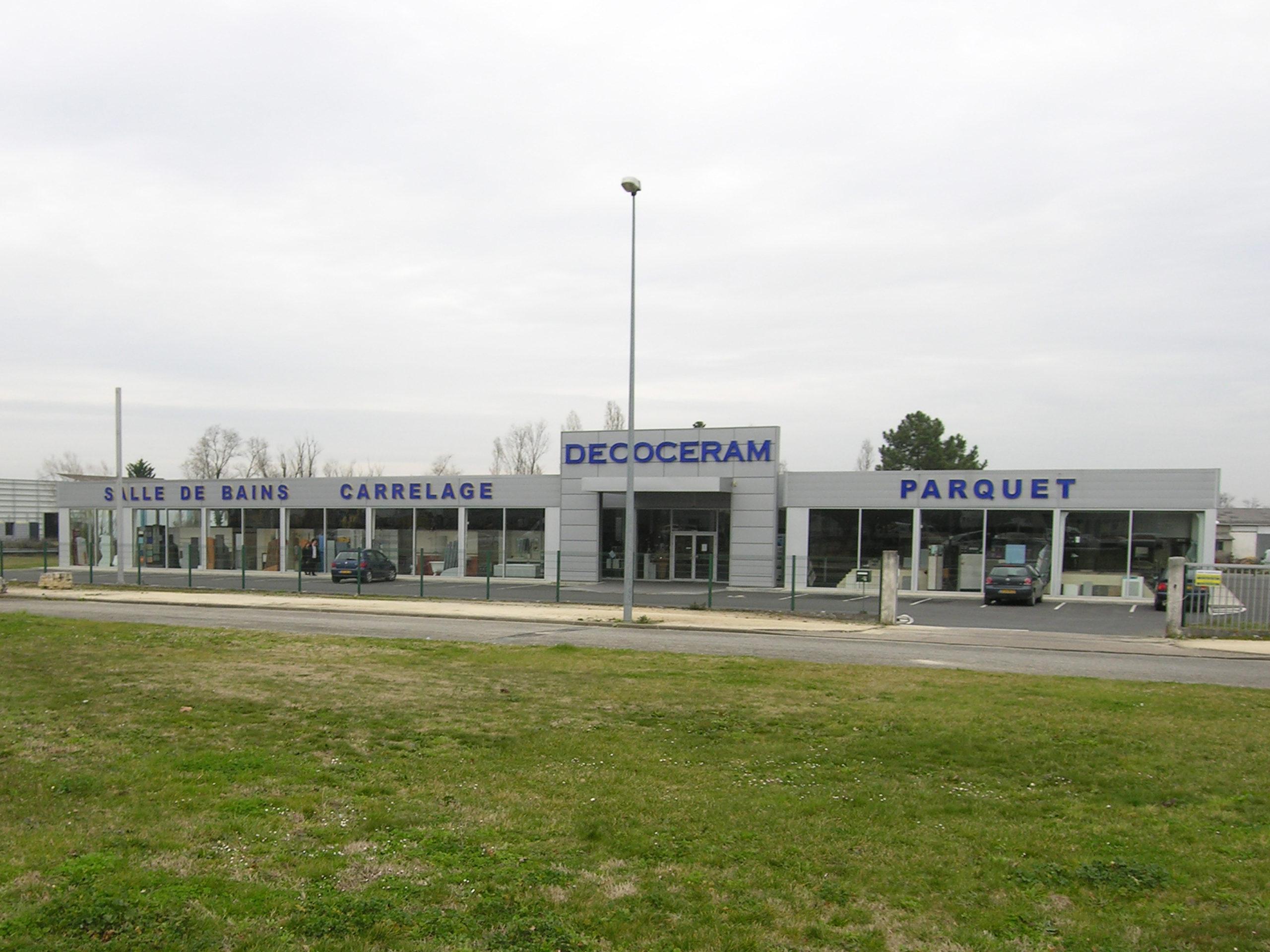 Decoceram bureaux espace de stockage à Mérignac